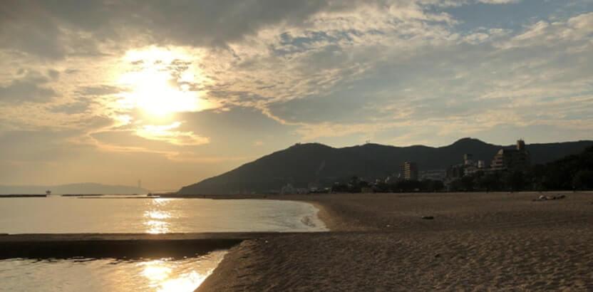 一見美しい海辺の風景